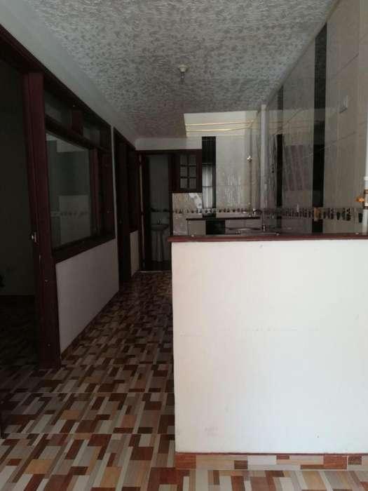 SE VENDE CASA EN MADRID CUNDINAMARCA. 4 <strong>piso</strong>s. Jhonny Torres. Cel. 3013542934 CITA PREVIA 3118147192