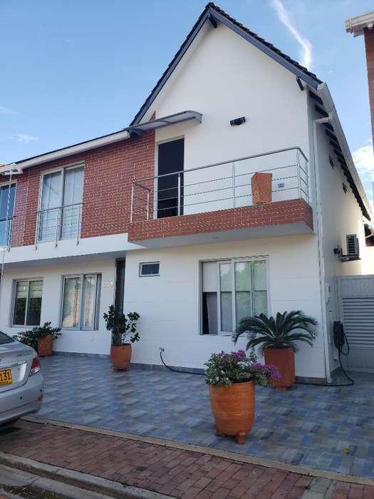 Se Vende Casa Excelentes Acabados