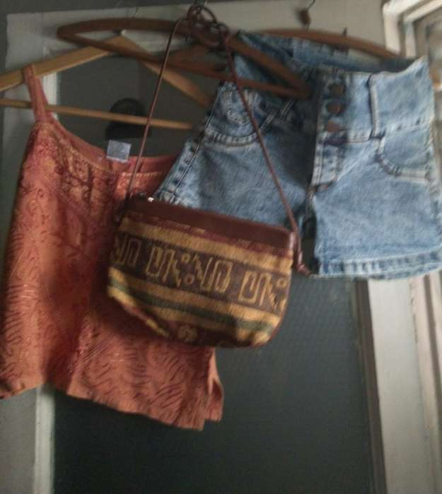 Musculosa Hindu a Est T M Short Y <strong>bolso</strong>