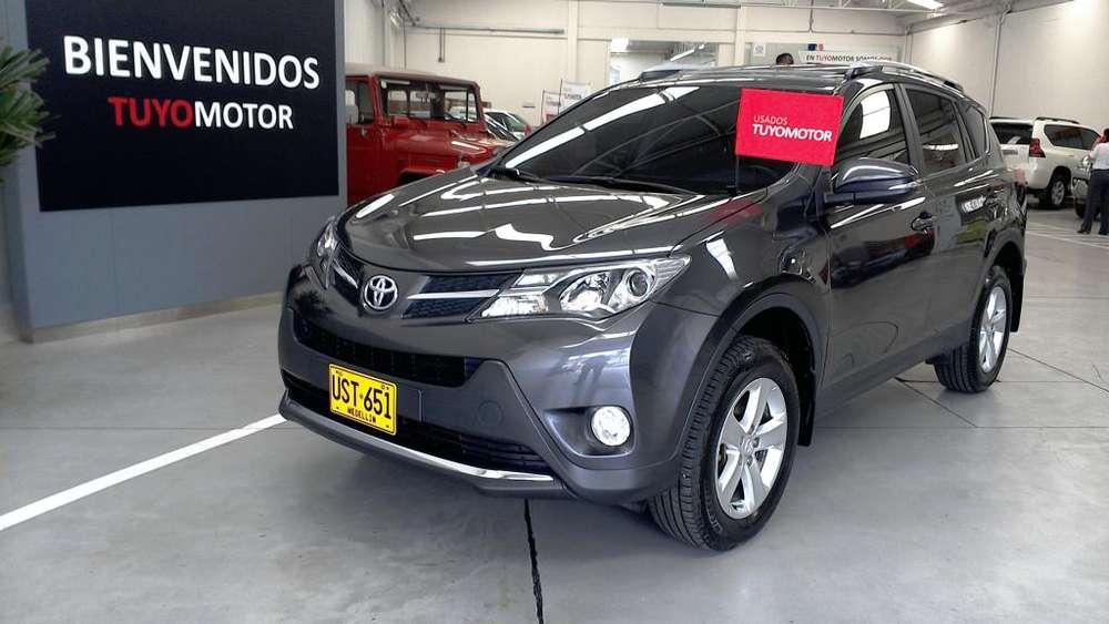Toyota RAV4 2015 - 49246 km