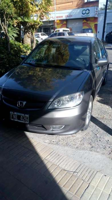 Honda Civic 2006 - 142636 km