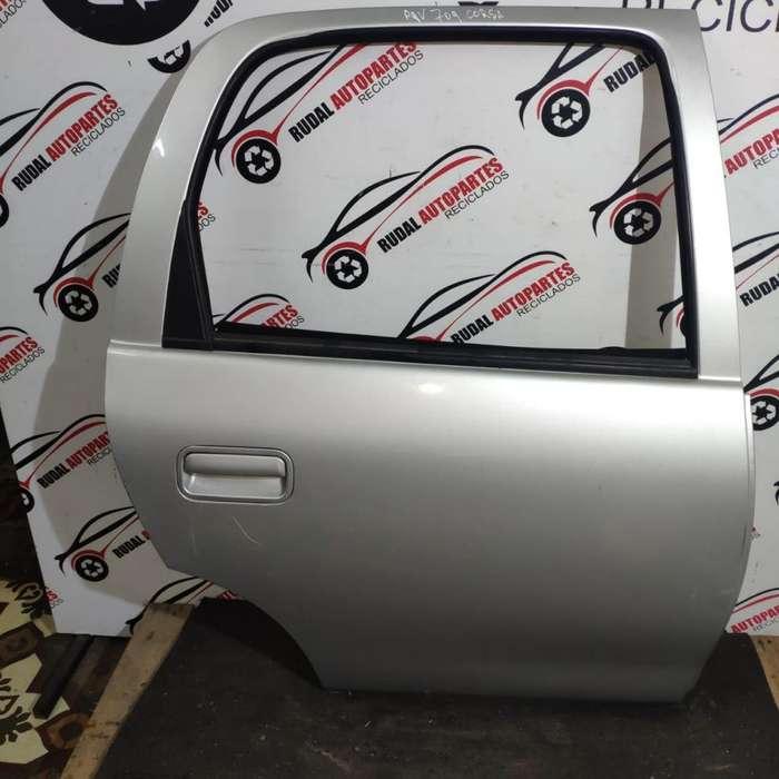 Puerta Trasera Derecha Chevrolet Corsa 5700 Oblea:03080499