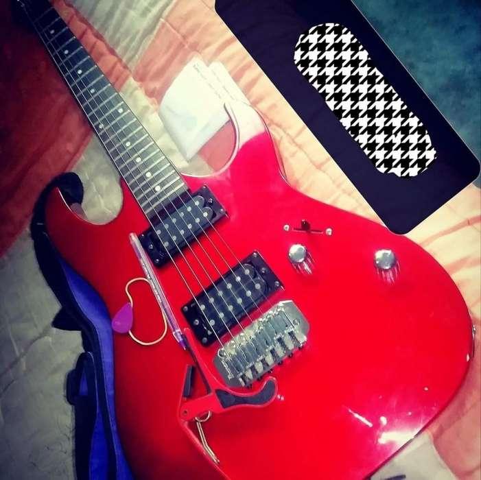 Guitarra electrica ibanez gio y amplificador