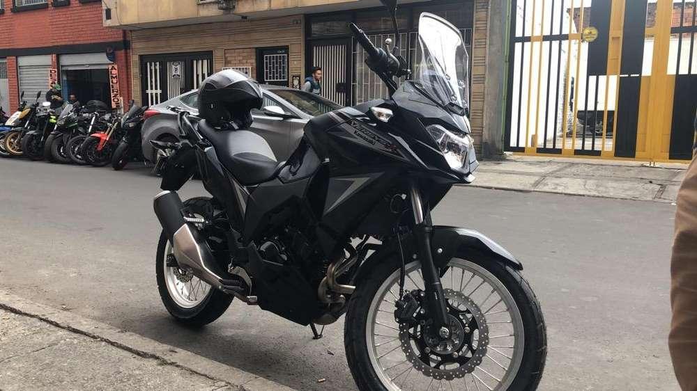 Moto <strong>kawasaki</strong> Versys 300