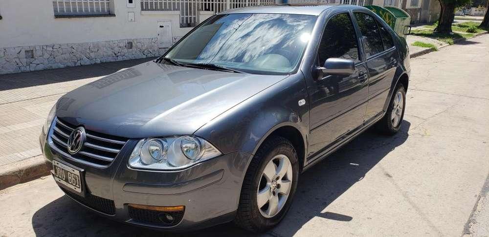 Volkswagen Bora 2011 - 119000 km