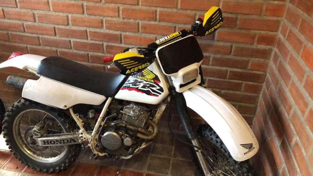 Moto <strong>honda</strong> Xr 250R 1998