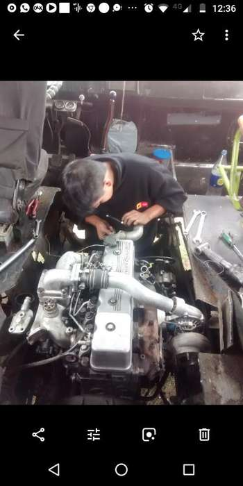 Vendo Motor Nissan Fd 46t con Caja .