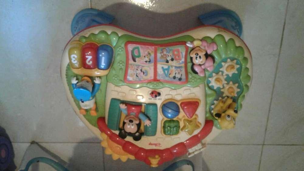 Mesa de Bebé Didáctica Musical de Mickey