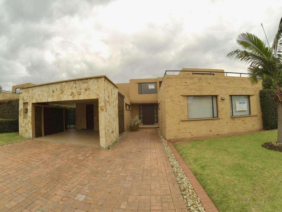 Casa campestre en conjunto privado de Cajica MLS #19-616 FR