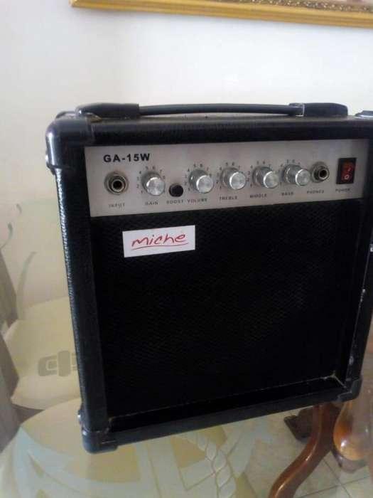 Amplificador De Guitarra Marca Miche Y Equipo