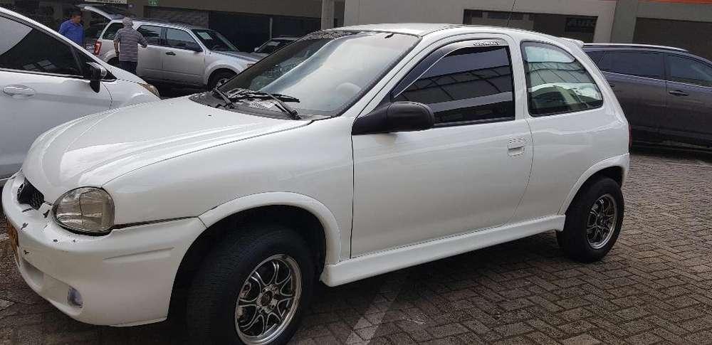 Chevrolet Corsa 2 Ptas. 1997 - 220000 km