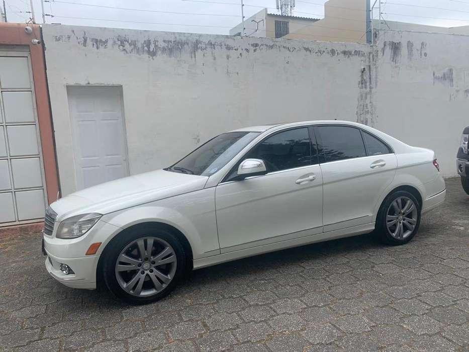 Mercedes-Benz C300 2009 - 109435 km