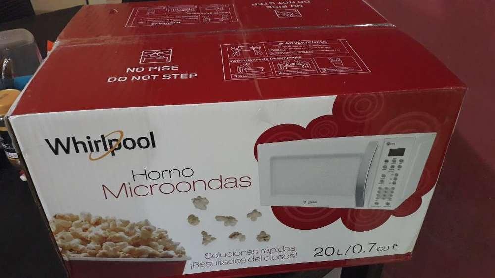 Vendo Microondas Whirlpool Nuevo