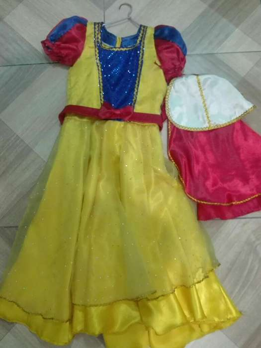 Disfraz de Blancanieves con Faldon