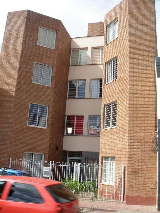 Alberdi La Rioja 1219 Dpto 1 Habitación Amplio