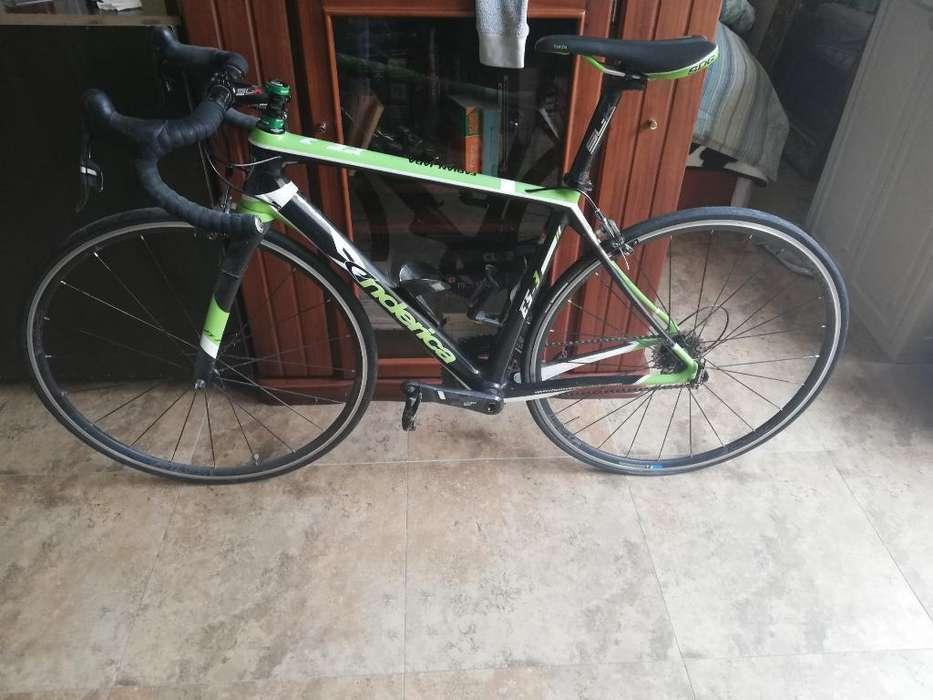 Bicicleta de Ruta de Fibra de Carbono