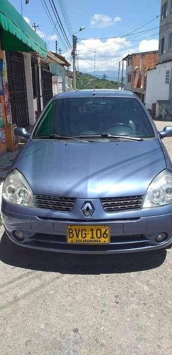 Renault Clio  2003 - 220000 km