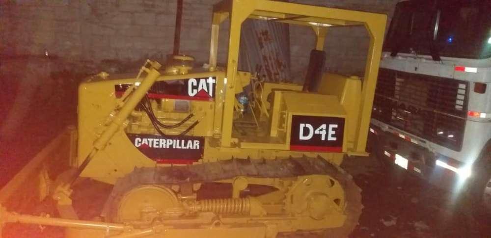 Vendo Tractor de Oruga D4e