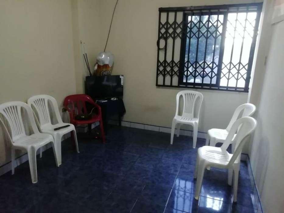 Guayacanes Vendo Casa Rentera Esquinera