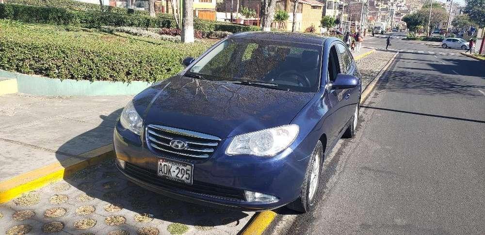 Hyundai Elantra 2010 - 121000 km