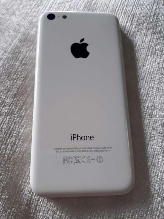 Se vende iphone 5C si esta interesado 3146843290