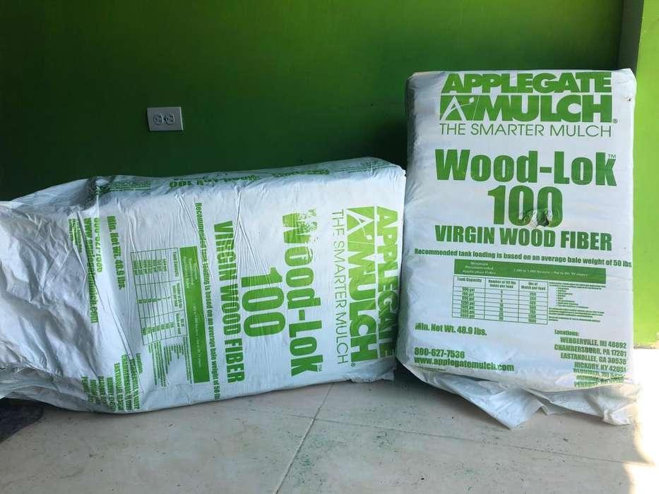 Suministro de fibra de madera Hidromulch para actividades de hidrosiembra