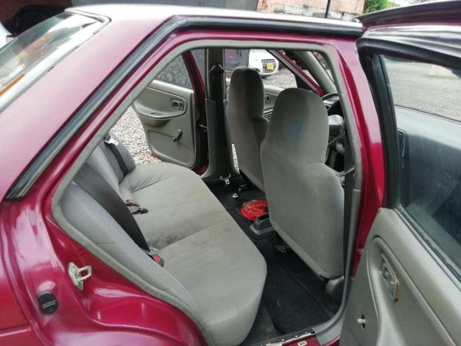 Nissan Sentra 1998 - 180000 km