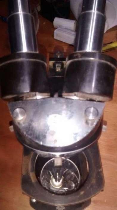Microscopio Carl Zeiss Jena