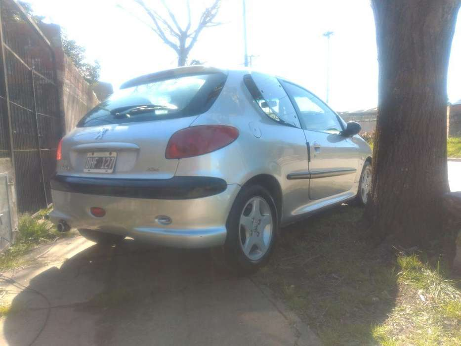 Peugeot 206 2000 - 230000 km
