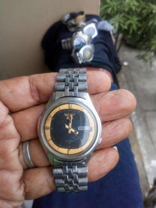 Reloj <strong>seiko</strong> 5 doble fecha hermético 17 Rubís todo en Acero inoxcidable