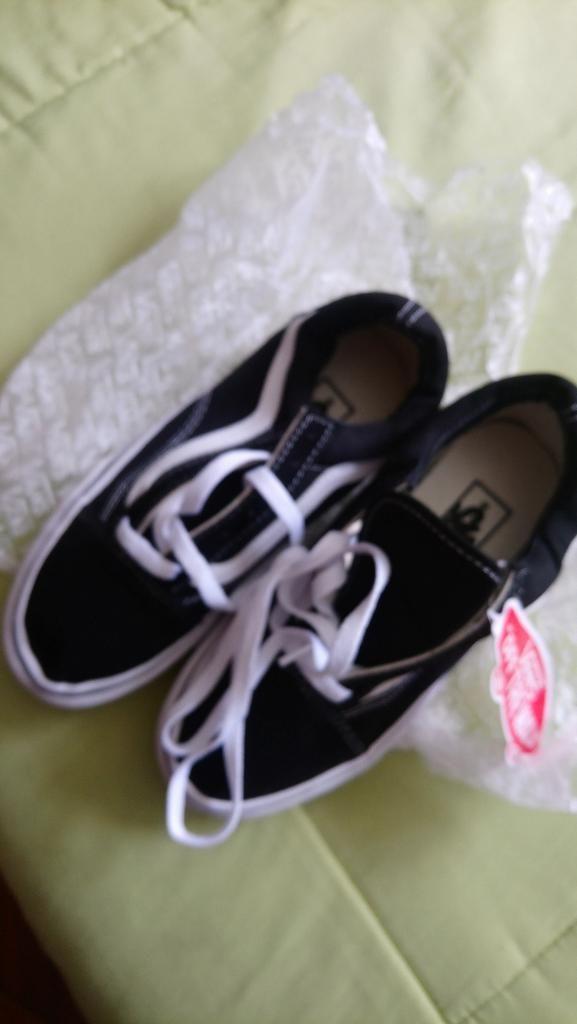 Zapatos Vans Originales Talla 36 Quito