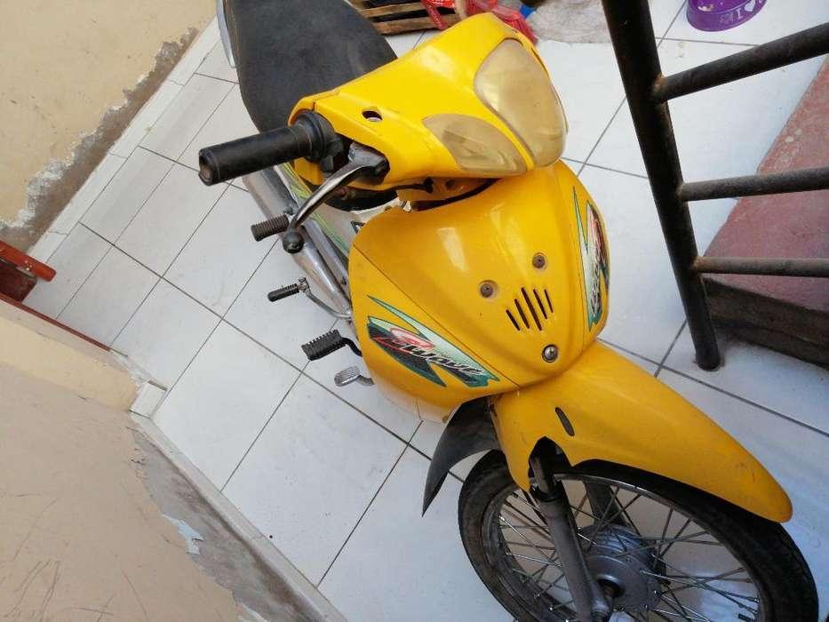 Vendo Moto Marca Sumo