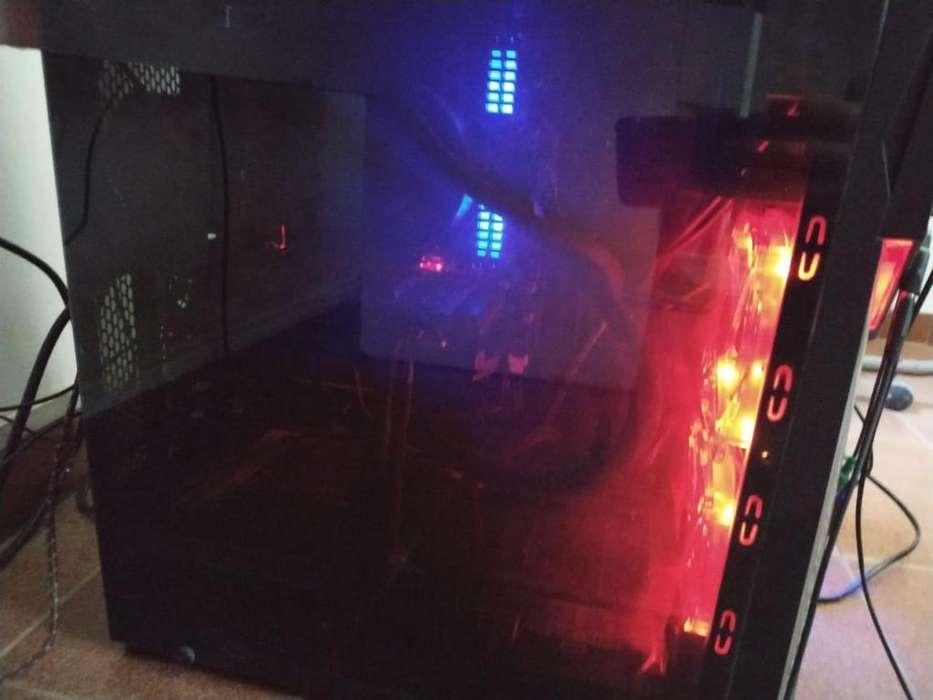PC GAMER 8 Meses de uso