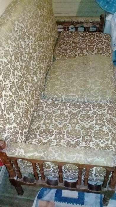 Sofa de Tres Cuerpo Y Dos <strong>sillones</strong>