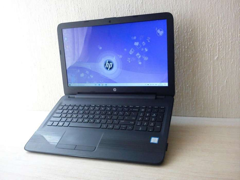 Laptop TOUCH Core i3 septima gen // 8GB RAM // 1TB HDD