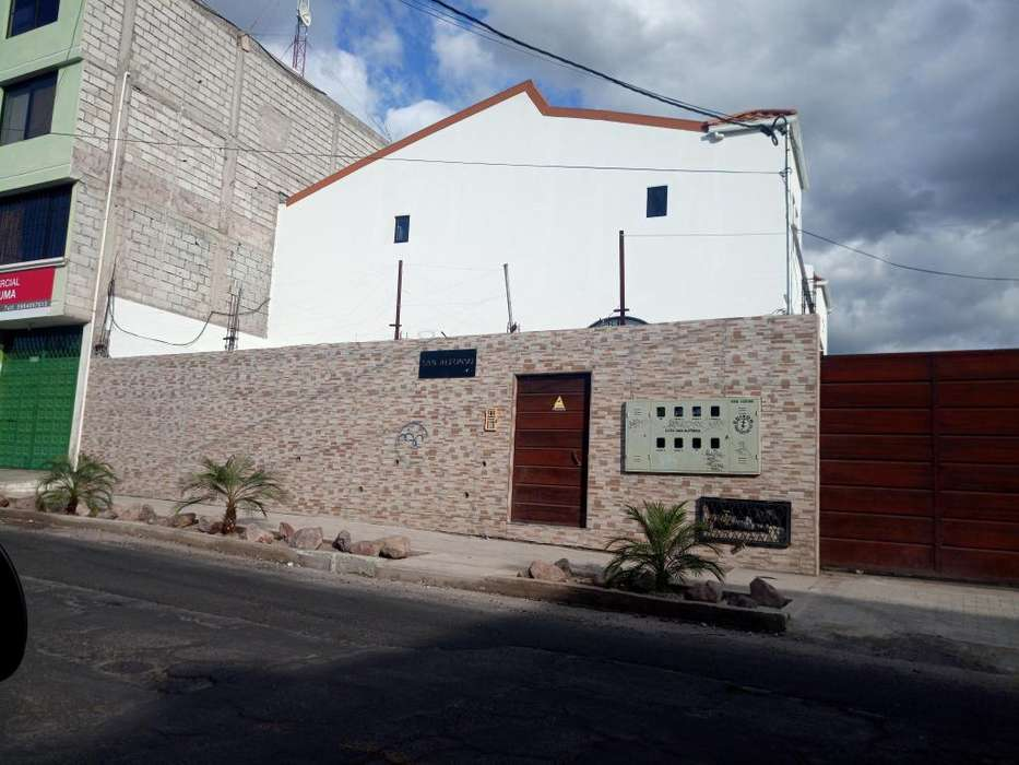 Venta casa en Tumbaco, Centro de Tumbaco, a 5 min de la Ruta Viva, 15 minutos de Cumbayá