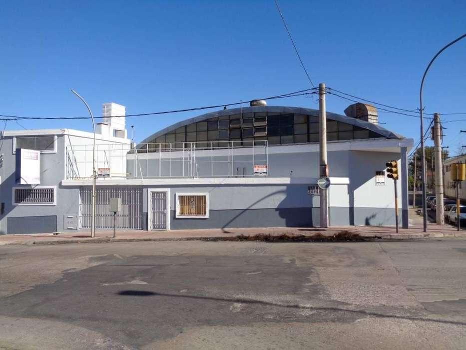 B Villa Páez - Excelente Galpón de 500 m2 con Depósito, Oficina, Local, Cocina y Baños