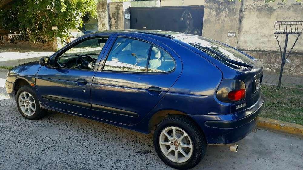 Renault Megane  1999 - 195000 km