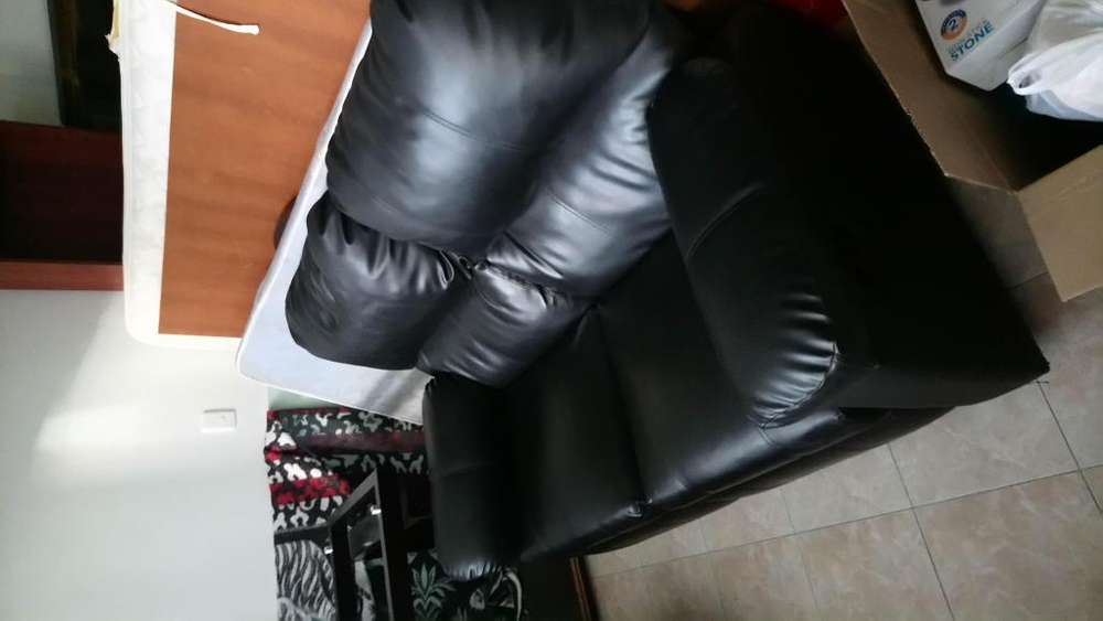 Sofa reclinable 2 puestos cuero sintetico negro