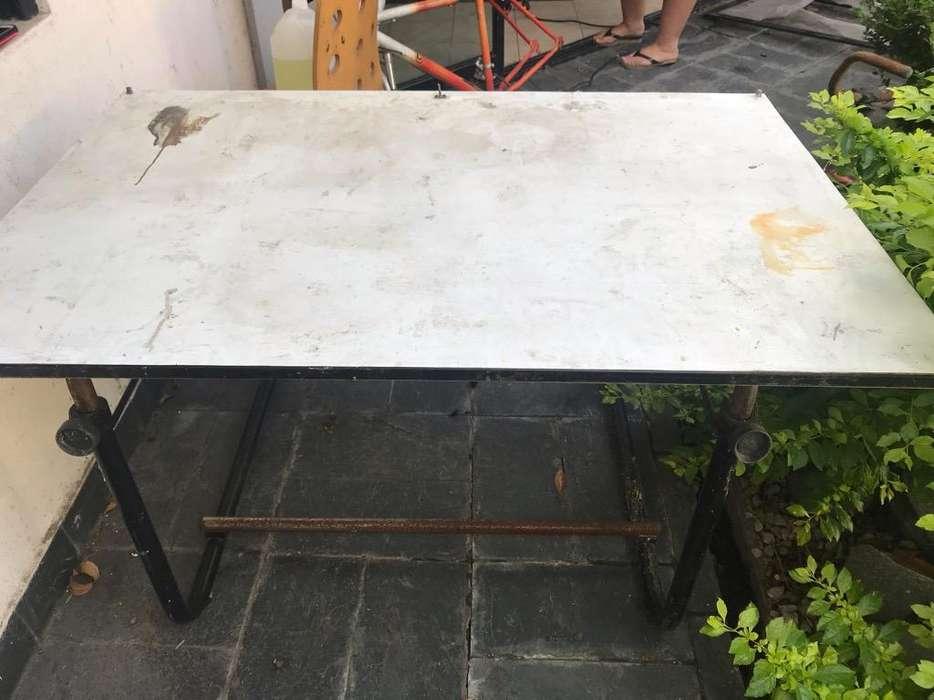 mesa de trabajo o tablero