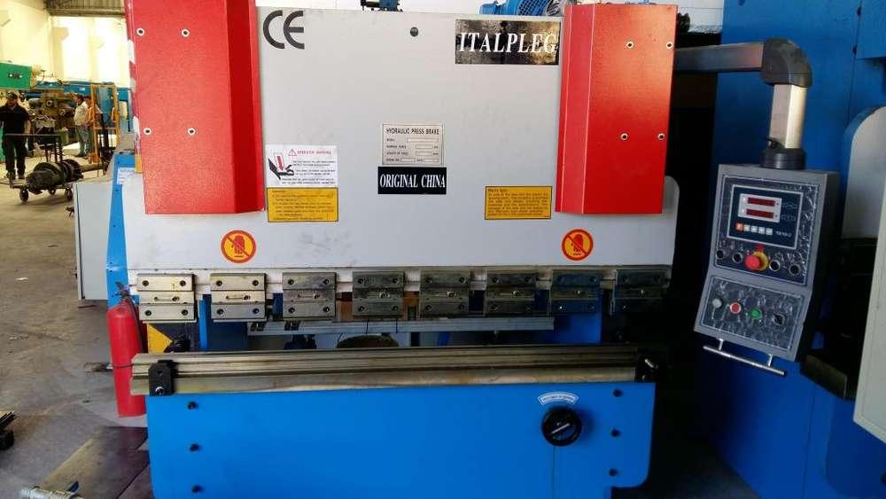 Plegadora De Chapa Hidraulica marca Italpleg de 1600 mm x 30 tn.