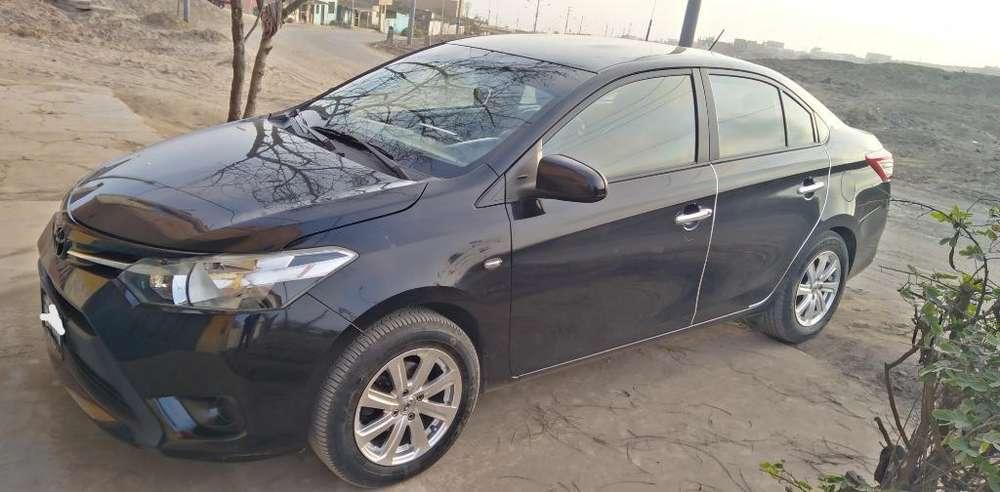 Toyota Yaris 2014 - 206000 km