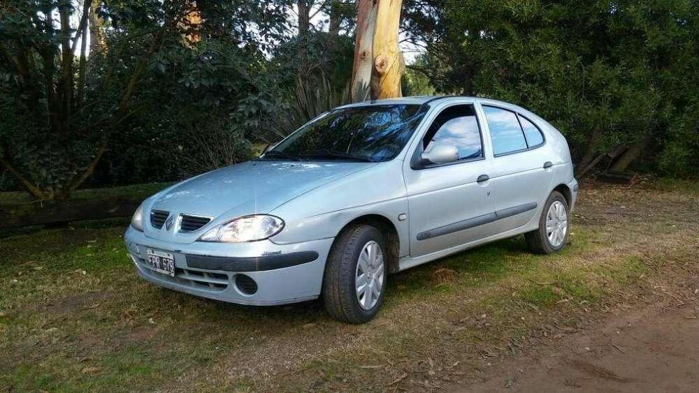 Renault Megane II 2004 - 182000 km