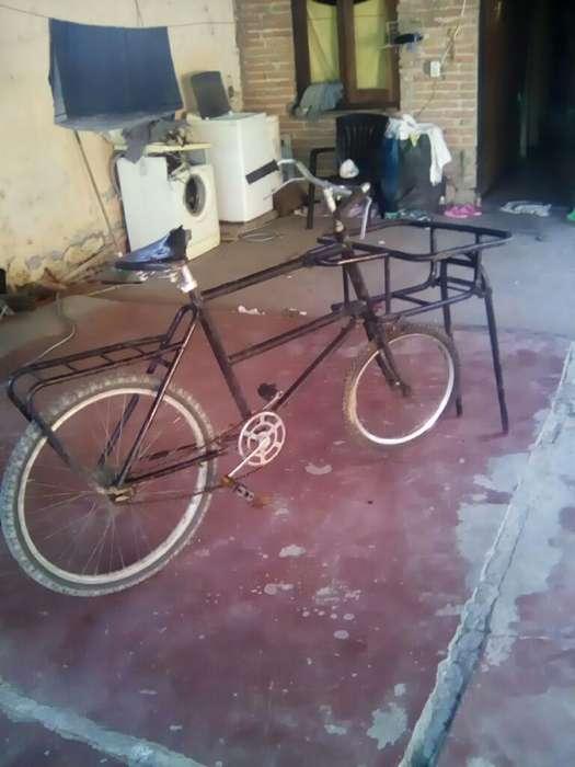 Vendo Bici de Reparto Antigua