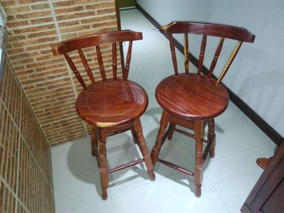 <strong>silla</strong>s en Cedro ,hermosas,como Nuevas