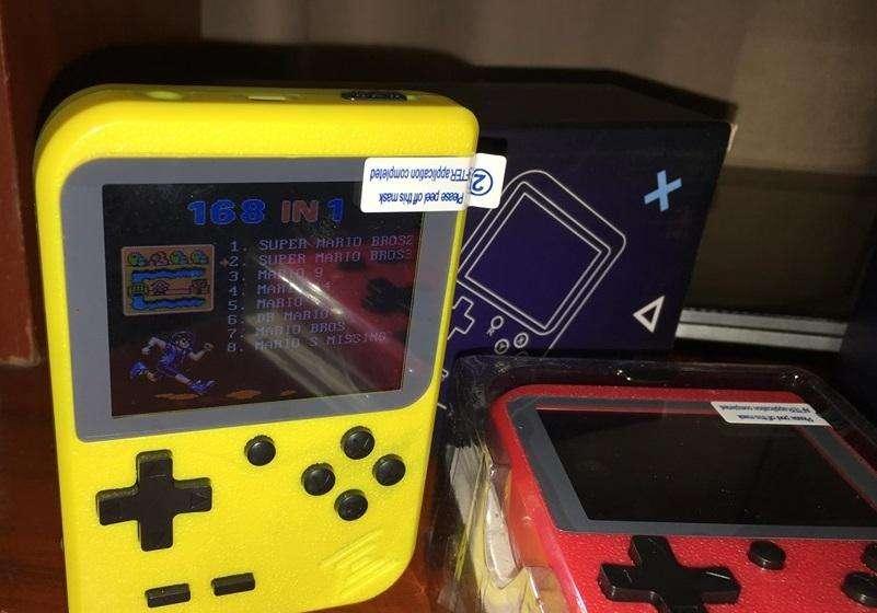 mini consola retro nueva 168 juegos