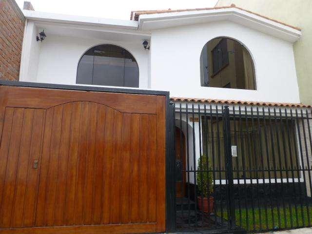 Vendo Linda Casa en Cayma
