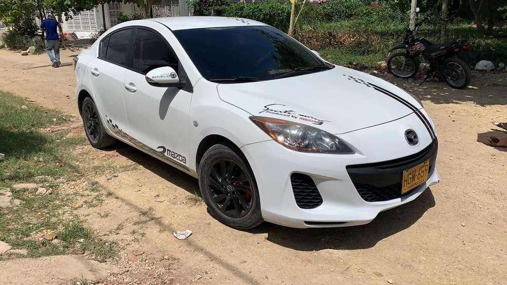 Mazda Mazda 3 2014 - 65000 km