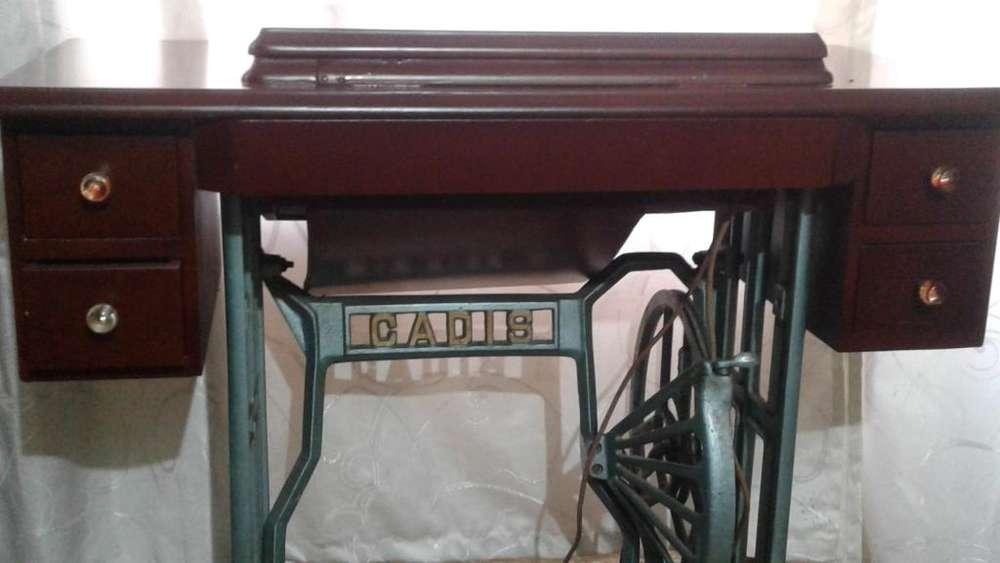 Mueble de Maquina de Coser Elegante con Opción de envío a nivel Nacional