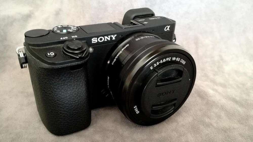 Vendo Sony a 6300 impecable con todos los accesorios. Lista para trabajar. Incluye GIMBAL. Todo impecable